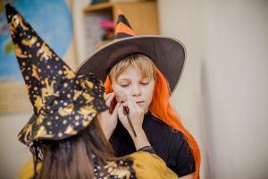 YES-Halloween-2106-029